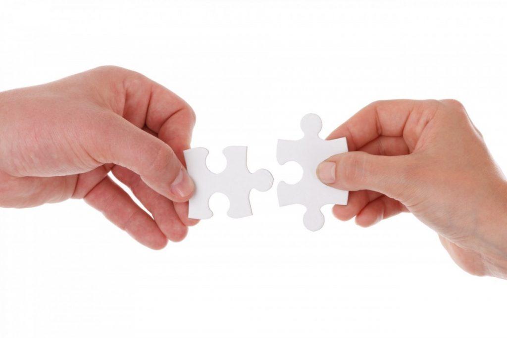 mano gente aislado dedo dos juntos participación producto asociación equipo manos diagrama pieza trabajo en equipo conectar rompecabezas rompecabezas conexión unidad solución piezas pulgar cooperación unirse